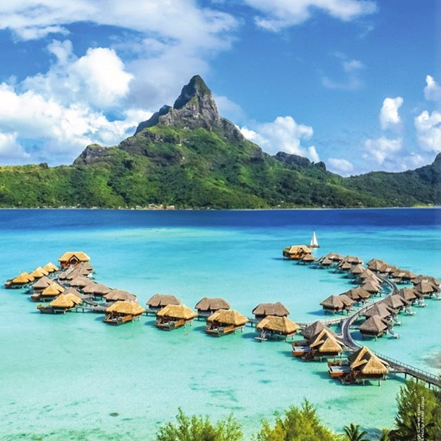 Where will you travel this year? 🌏 Virtuoso has just released its Best of the Best guide, a great way to get inspired for 2019. Visit the TWT blog (link in bio) to view the full directory! 📸 The Intercontinental Bora Bora Resort, image supplied by Virtuoso  #TransWorldTravel #travelagents #luxurytravel #Virtuoso #VirtuosoAdvisor #VirtuosoBestoftheBest #BoraBora #IntercontinentalBoraBora #FrenchPolynesia