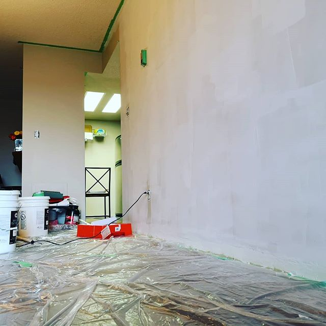 Weekend project~ . . . #yyc #yycre #diy #painting #weekendproject #homerenovation #renovation #homeproject