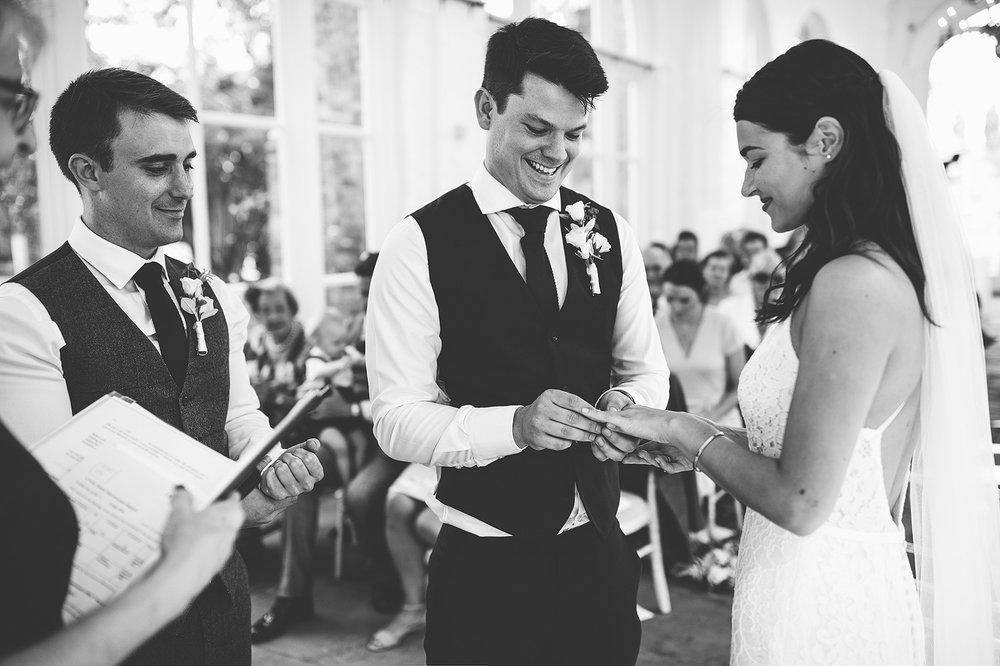 the-orangery-holland-park-wedding-00045.jpg