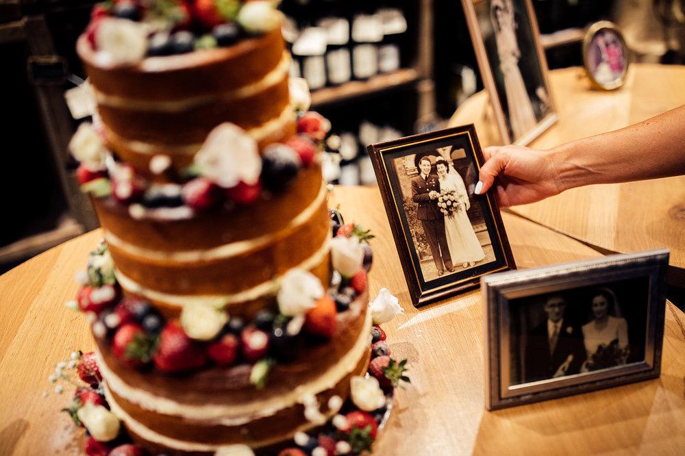 the-orangery-holland-park-wedding-00084.jpg