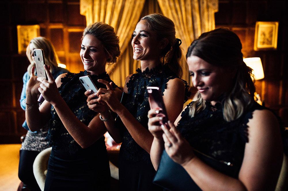 elmore-court-wedding-photography-24.jpg