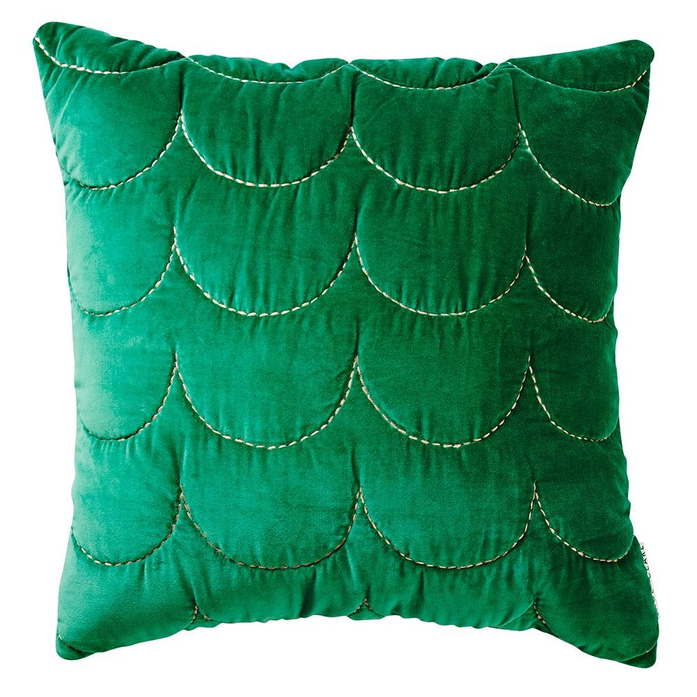 9. Scallop cushion