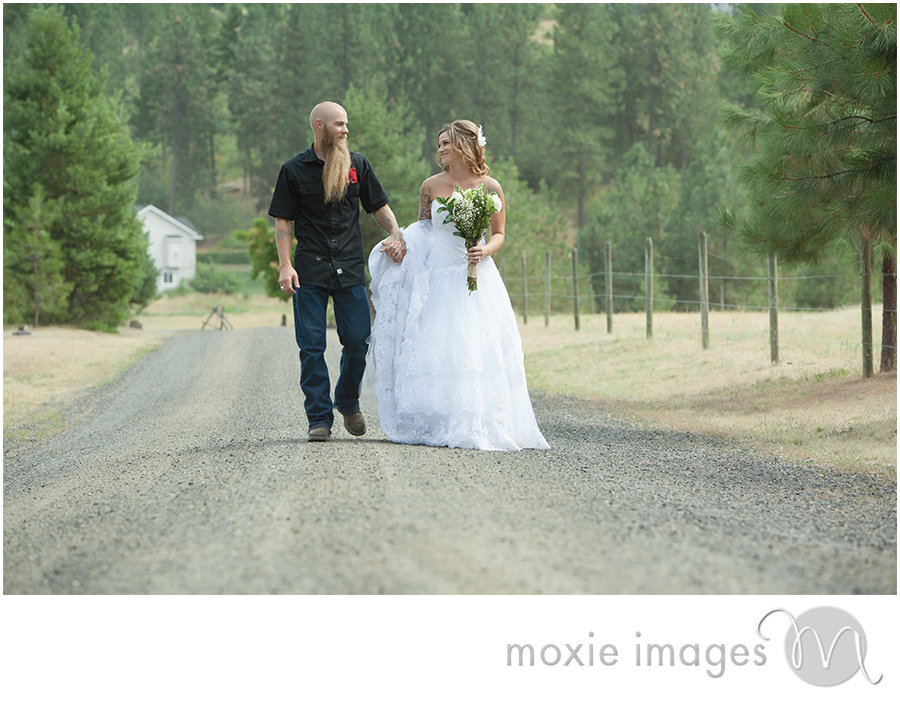 Nine Mile Falls WA wedding