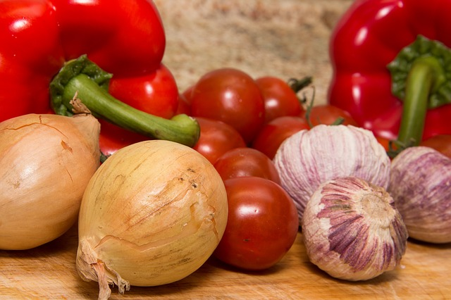 Different colored vegetables gives different nutrients and benefits