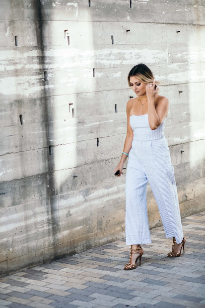 fashionbloggerjumpsuit.jpg