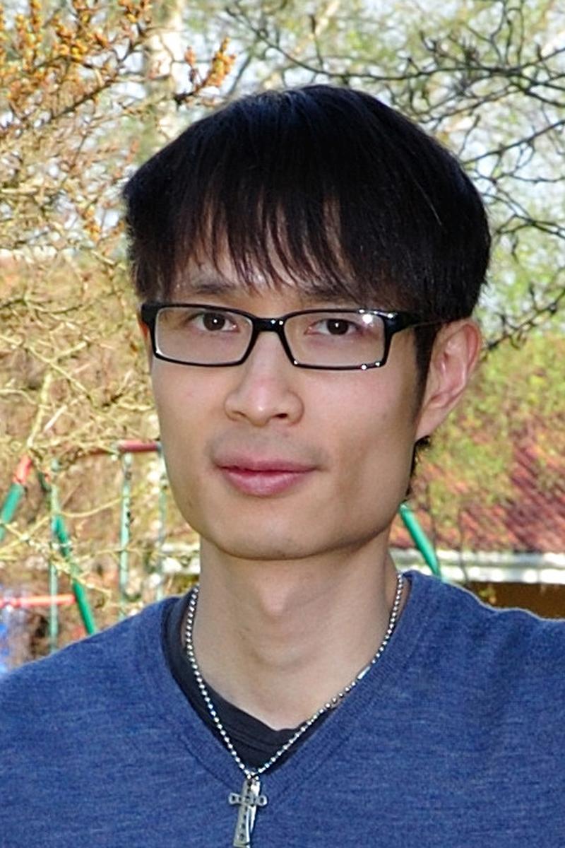 Danny Lau 800x1200.jpg