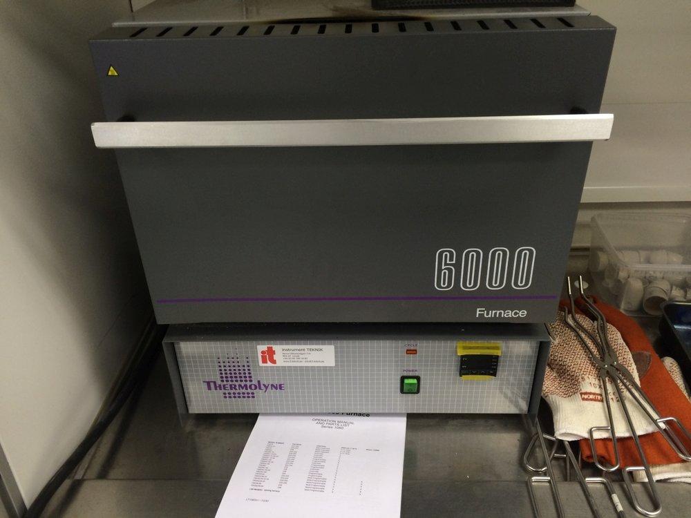 Thermolyne Furnace 6000.JPG