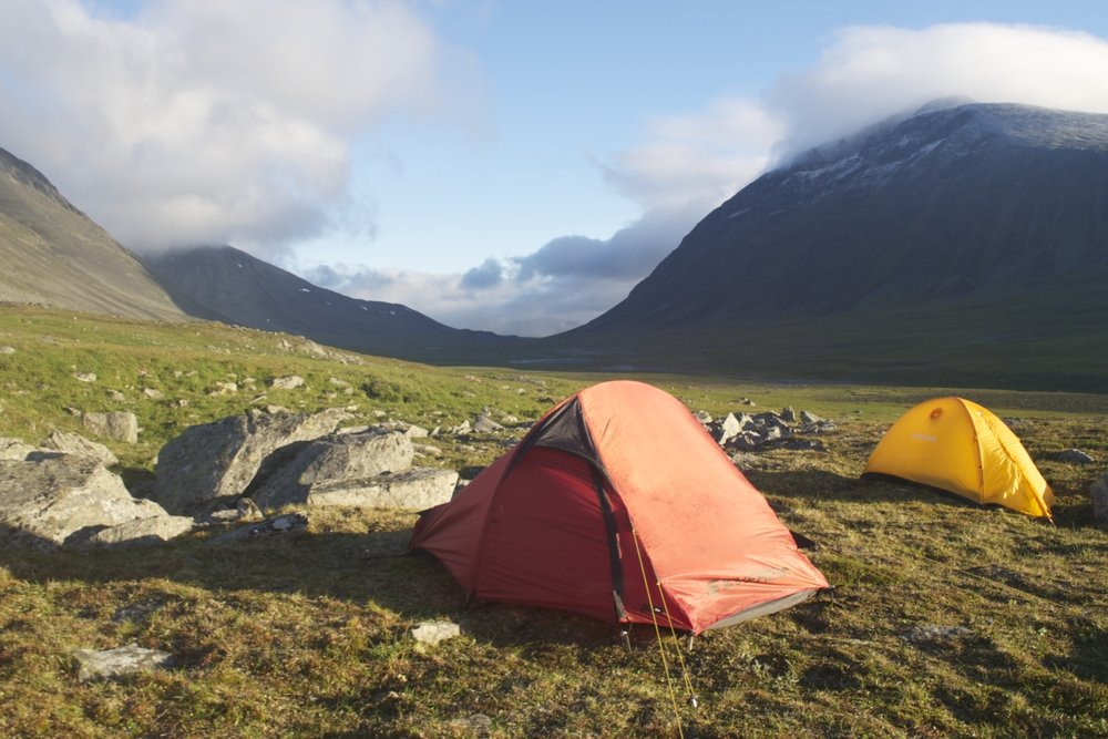 Field camp by Makoto Kobayashi 1200x800.jpg