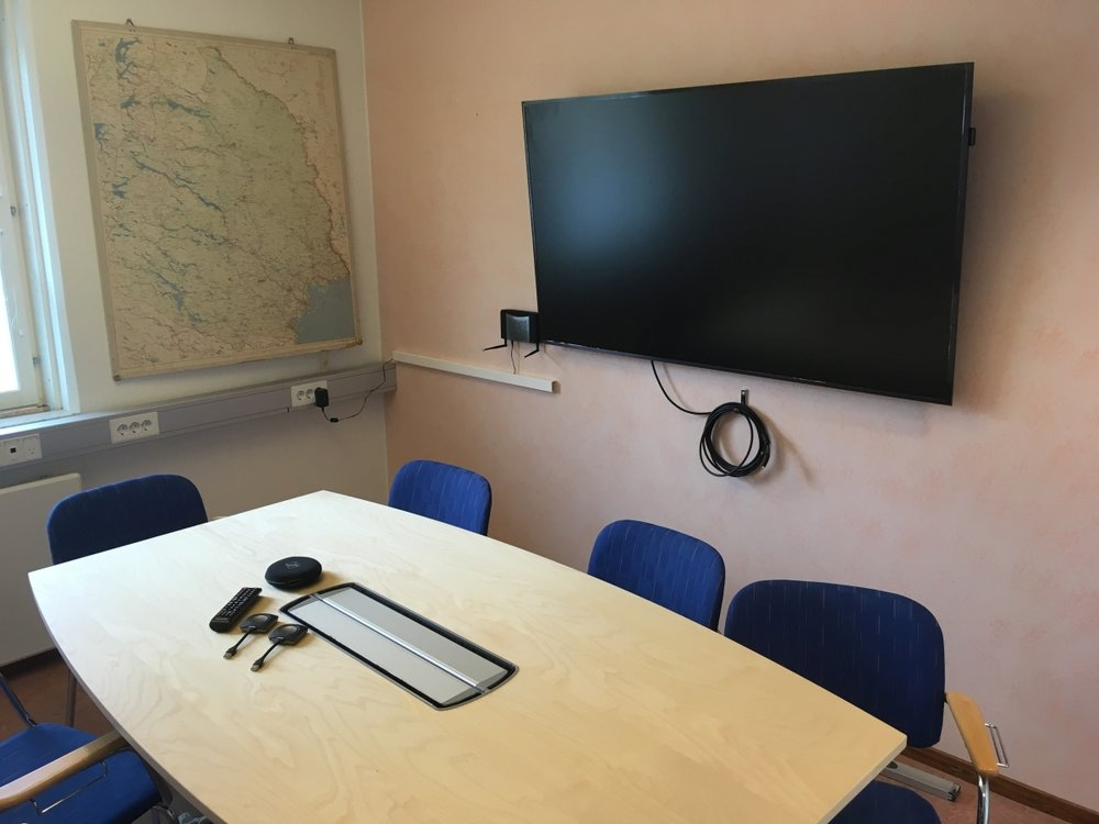 CIRC Meeting Room Photo 2 1200x900.jpg