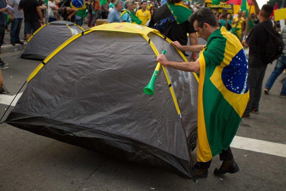 Sao-Paulo-protests-Huck-18.jpg
