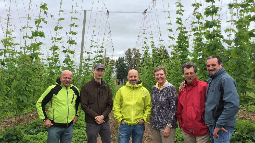 Gayle Goschie, third from right, with visiting brewers from Birrificio Italiano.