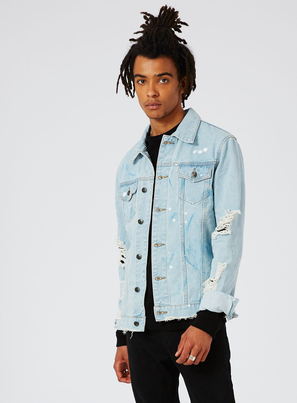 Light Blue Distressed Denim Jacket  €100,00