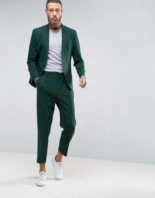 Casual Green Suit €110.00