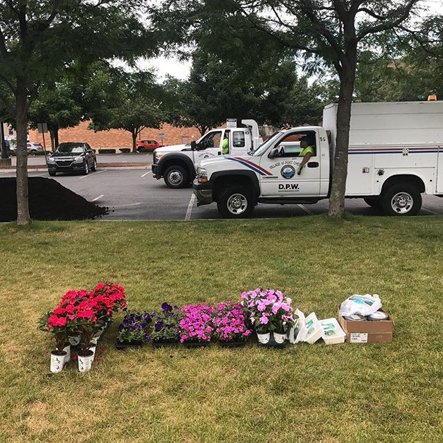 Thank you Port Chester DPW for supplying flowers, mulch, and paint for our clean up today! Hope to see folks at the Waterfront soon!