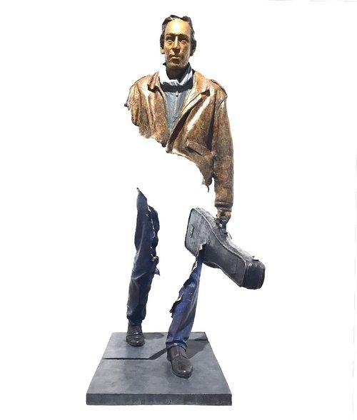 Bruno CATALANO  Nicko   118 x 63 x 40 cm   Bronze