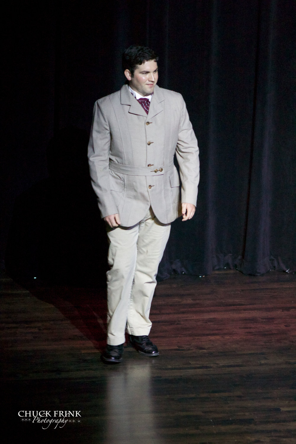 Daniel Noone as Major Pond.jpg