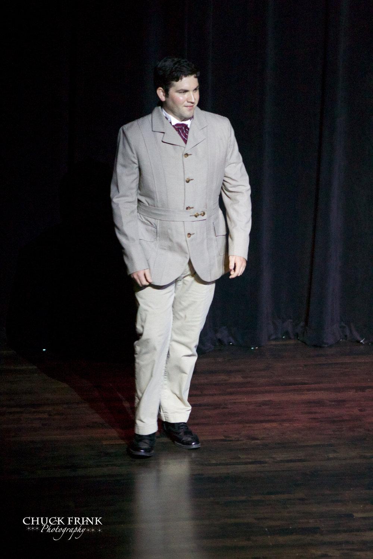 Daniel Noone as Major Pond.jpg