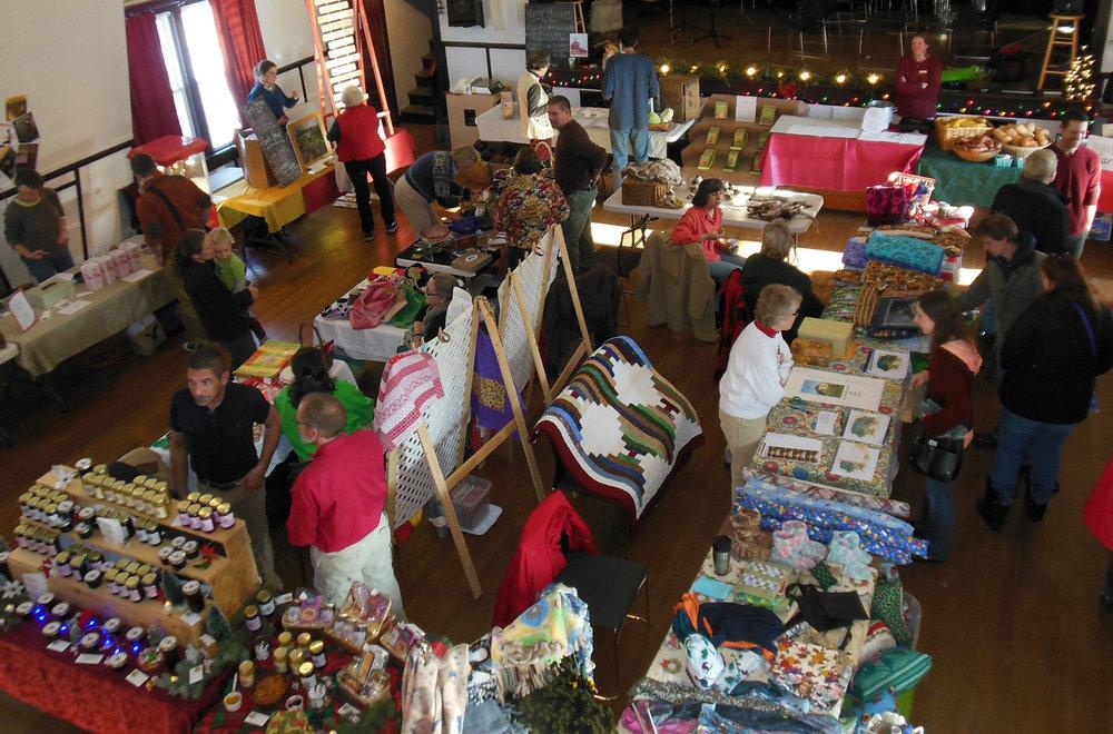 Holiday Market02.jpg