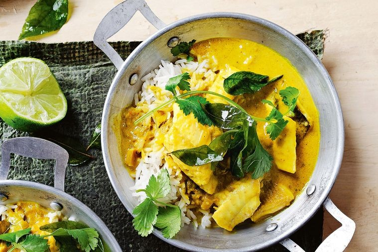 turmeric-and-coconut-fish-curry-13998-1.jpg