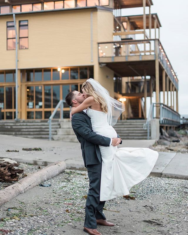 Serving up extraordinary celebrations of on Washington State's beautiful Olympic Peninsula 💕 @nw_maritime 📸 @bjonesphotos #weddingsacrossthesound #northwestmaritimecenter #pnwwedding #porttownsend