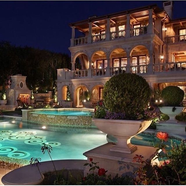 "Reposting @luxury.bossw:⠀ ...⠀ ""Stunning Home  Follow @billionairestylee"""