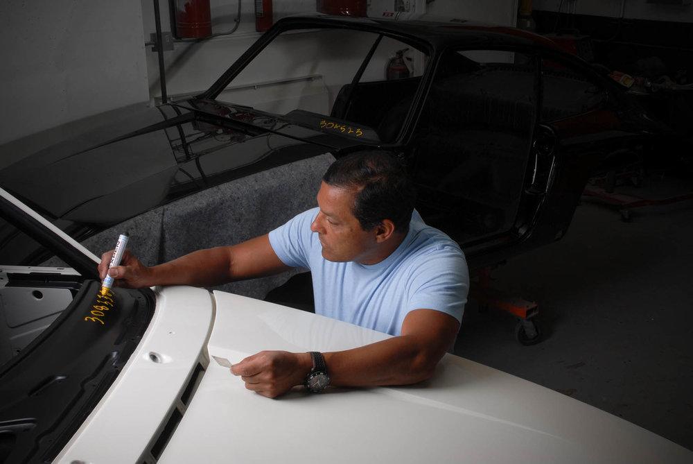 Freddie Hernandez, Vintage Sportscar Restorations. Porsche 911 restorations in Southern Oregon.