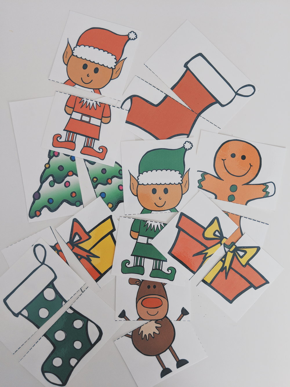 2 Piece Christmas Puzzles Free Printable www.momentswithmiss.com 3.jpg