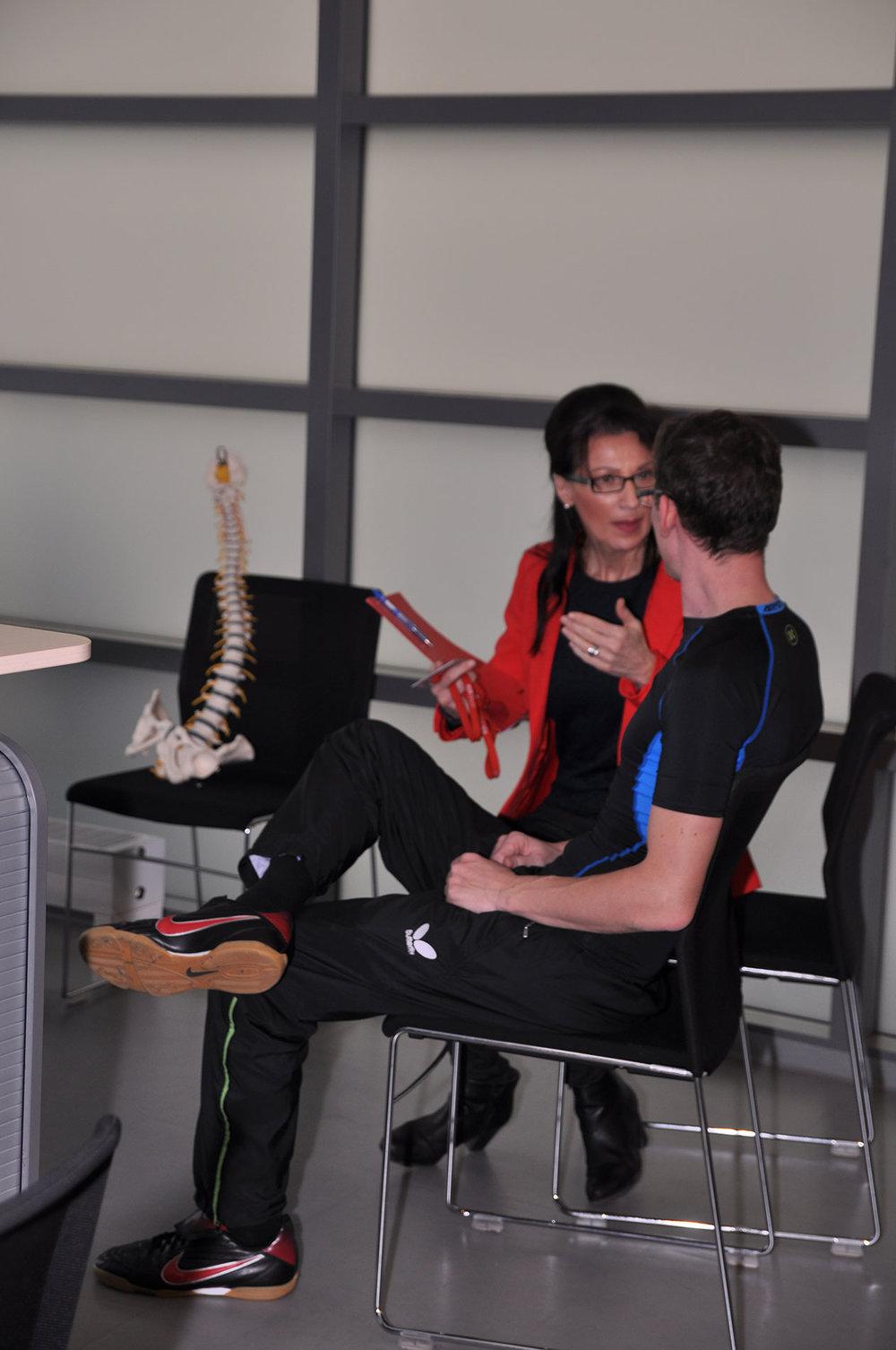 Wirbelsäulenspezialist Wien, Wirbelsäulengymnastik Wien