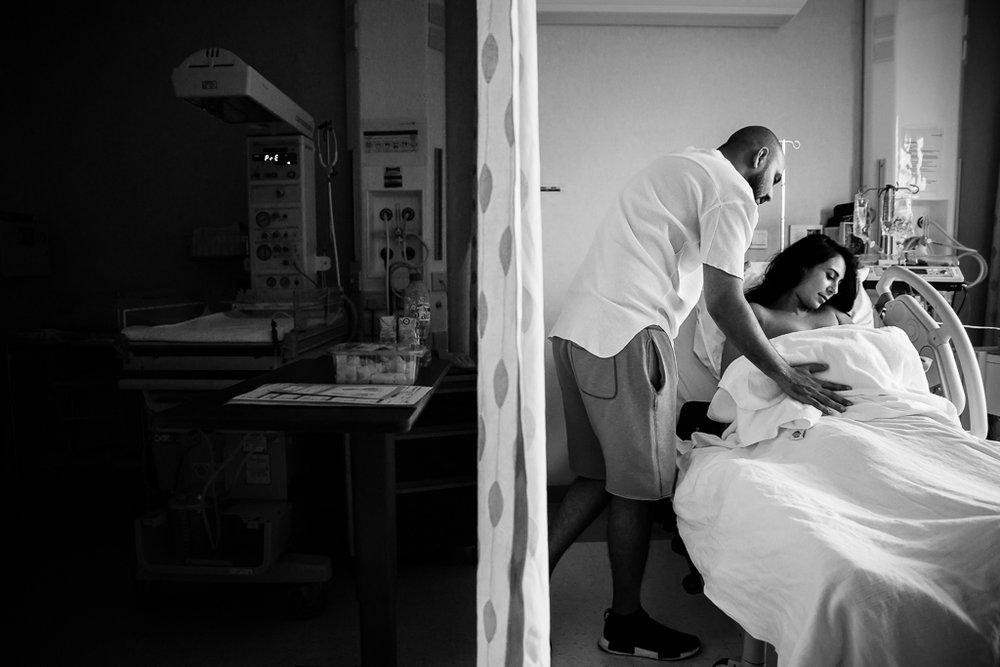 Lana-Photographs-Dubai-Birth-Photographer-33.jpg