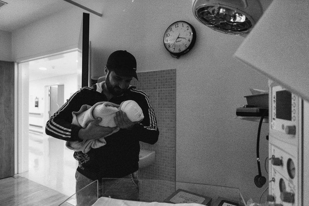 Lana-Photographs-Dubai-Birth-Photographer-38.jpg