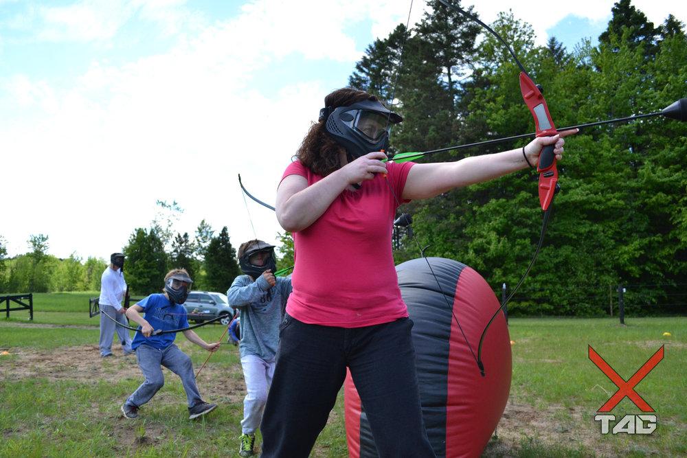 Anniversaire 2 tag à l'arc archery tag montréal montreal québec jeunesse enfant camp ligue sport dodgebow combat d'archer.jpg