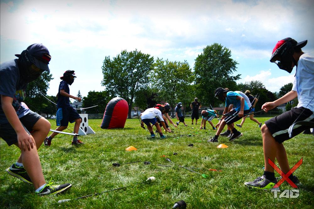 Tournoi 2 tag à l'arc archery tag montréal montreal québec jeunesse enfant camp ligue sport dodgebow combat d'archer
