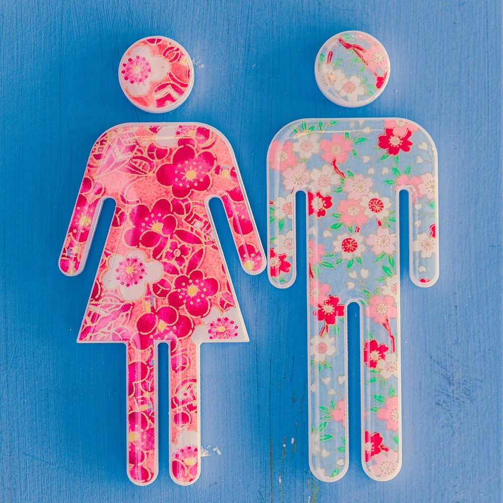 bathroom sign-1867354_1920.jpg