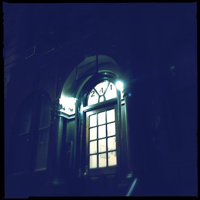 NYC NIGHT V2 . . . . #CROOKEDGALAXYCROWN #hipstamatic #photography #NYC #neighborhood #photos #random #newyorkcity #perspective #manhattan #chelsea #tribeca #westvillage #architecture #brownstones #buildings