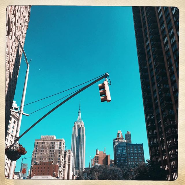 EMPIRE STATE . . . . #CROOKEDGALAXYCROWN #hipstamatic #photography #NYC #neighborhood #photos #random #newyorkcity #perspective #manhattan #chelsea #tribeca #westvillage #architecture #brownstones #buildings #empirestatebuilding