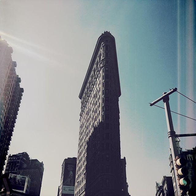 FLAT IRON 1 . . . . #CROOKEDGALAXYCROWN #hipstamatic #photography #NYC #neighborhood #photos #random #newyorkcity #perspective #manhattan #chelsea #tribeca #midtown #uppereastside #upperwestside #westvillage #architecture #brownstones #buildings