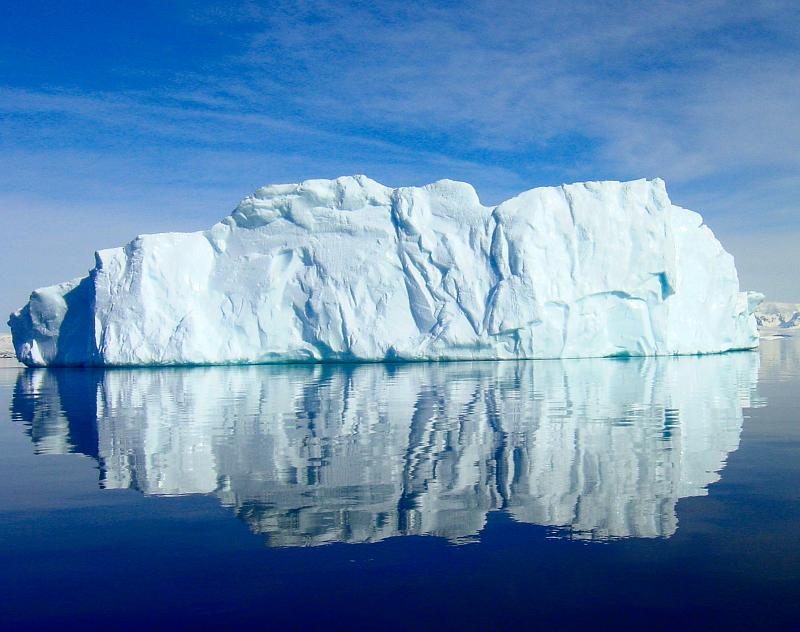 Antarctic_Iceberg_18