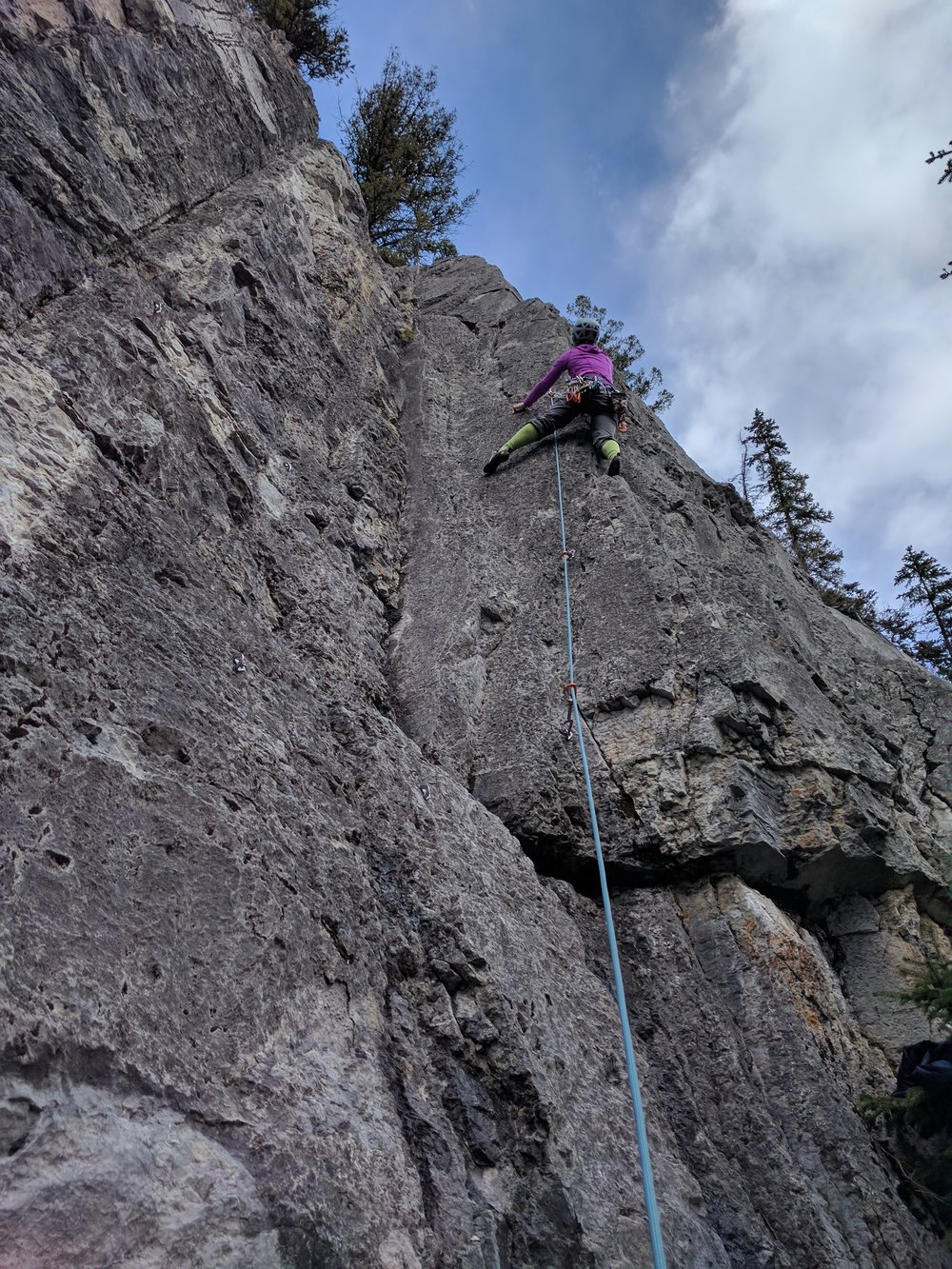Katherine leads up the Tri Star Arete in great early season conditions.