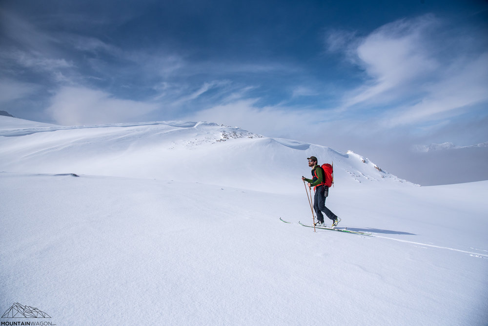 mount hector skinning approach glacier
