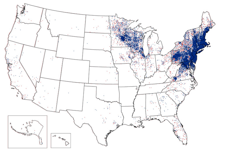 Incidences of Lyme disease are spreading out from the Northeast. Blue=2012, Red=2015. Credit: image by author using CDC data.
