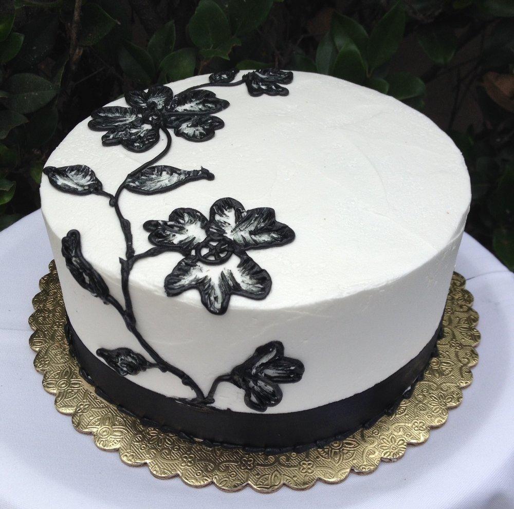 Black Flower Cake.jpg