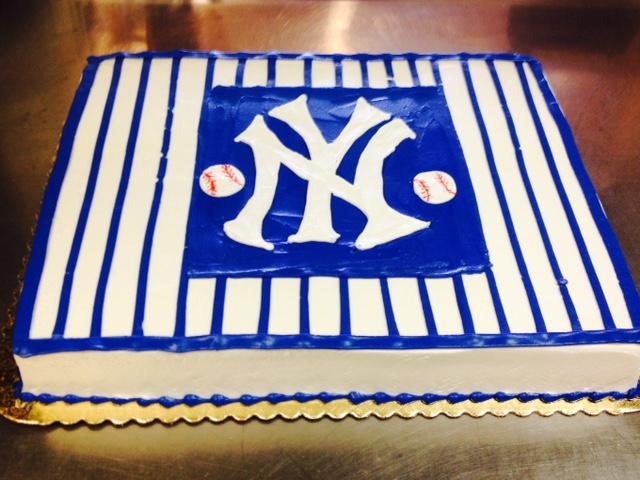 Yankees Cake.jpg