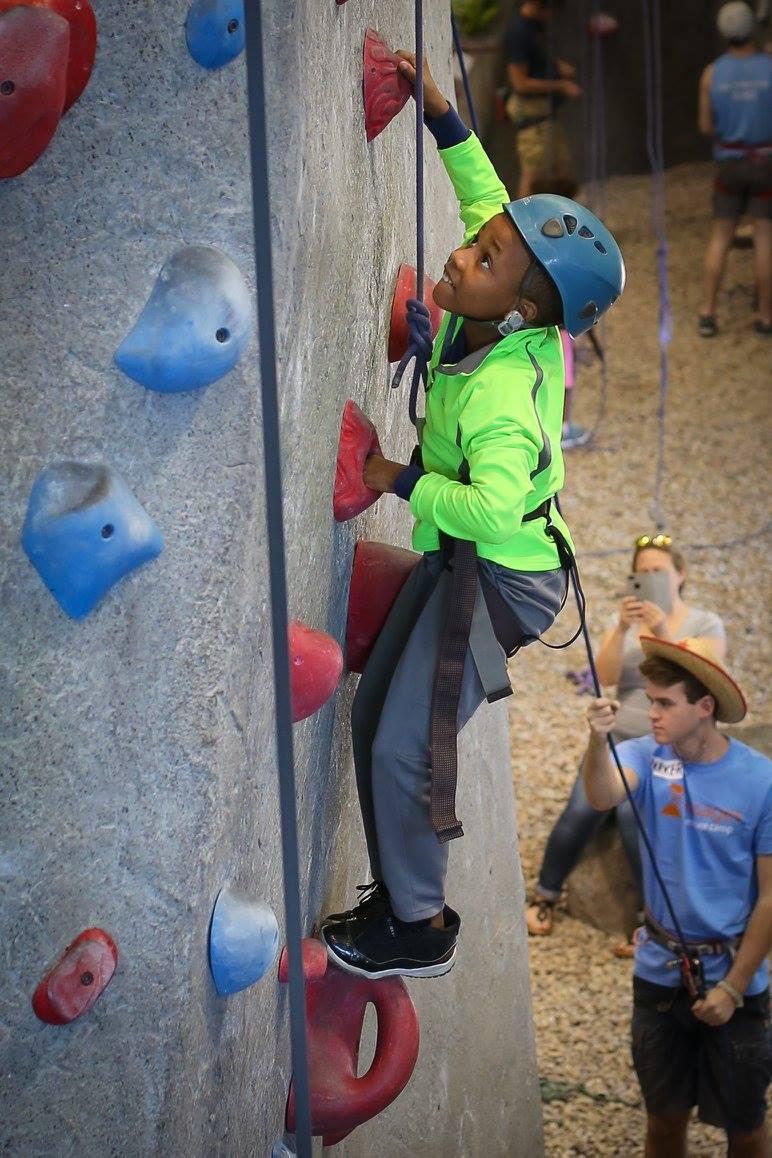 climbing-expo.jpg
