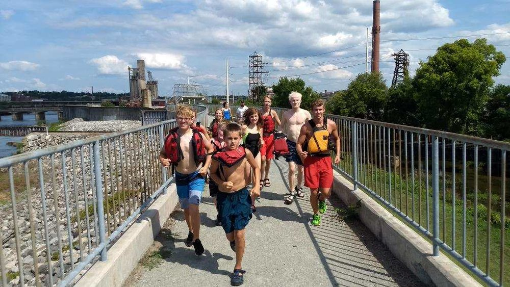 trail-run-floodwall.JPG