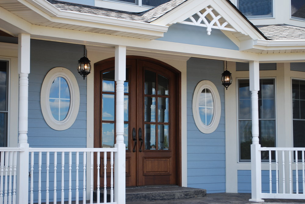 Custom Entrance Front Porch by Southampton Builders LLC.