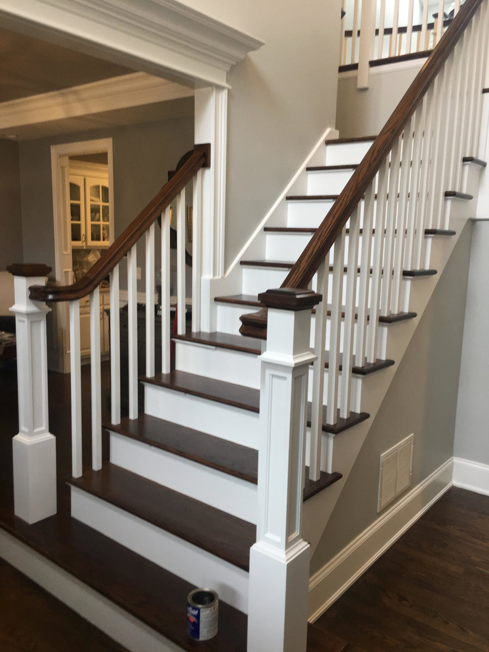 STAIR CASE UPDATING WITH SQUARE SPINDLES