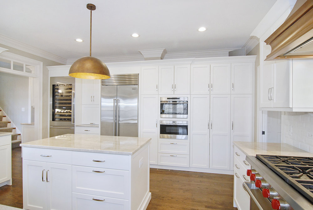 WOLF AND SUBZERO KITCHEN WITH WHITE CABINETRY