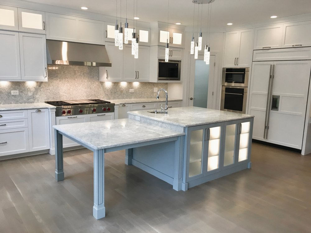 LIGHTED ISLAND CABINETRY