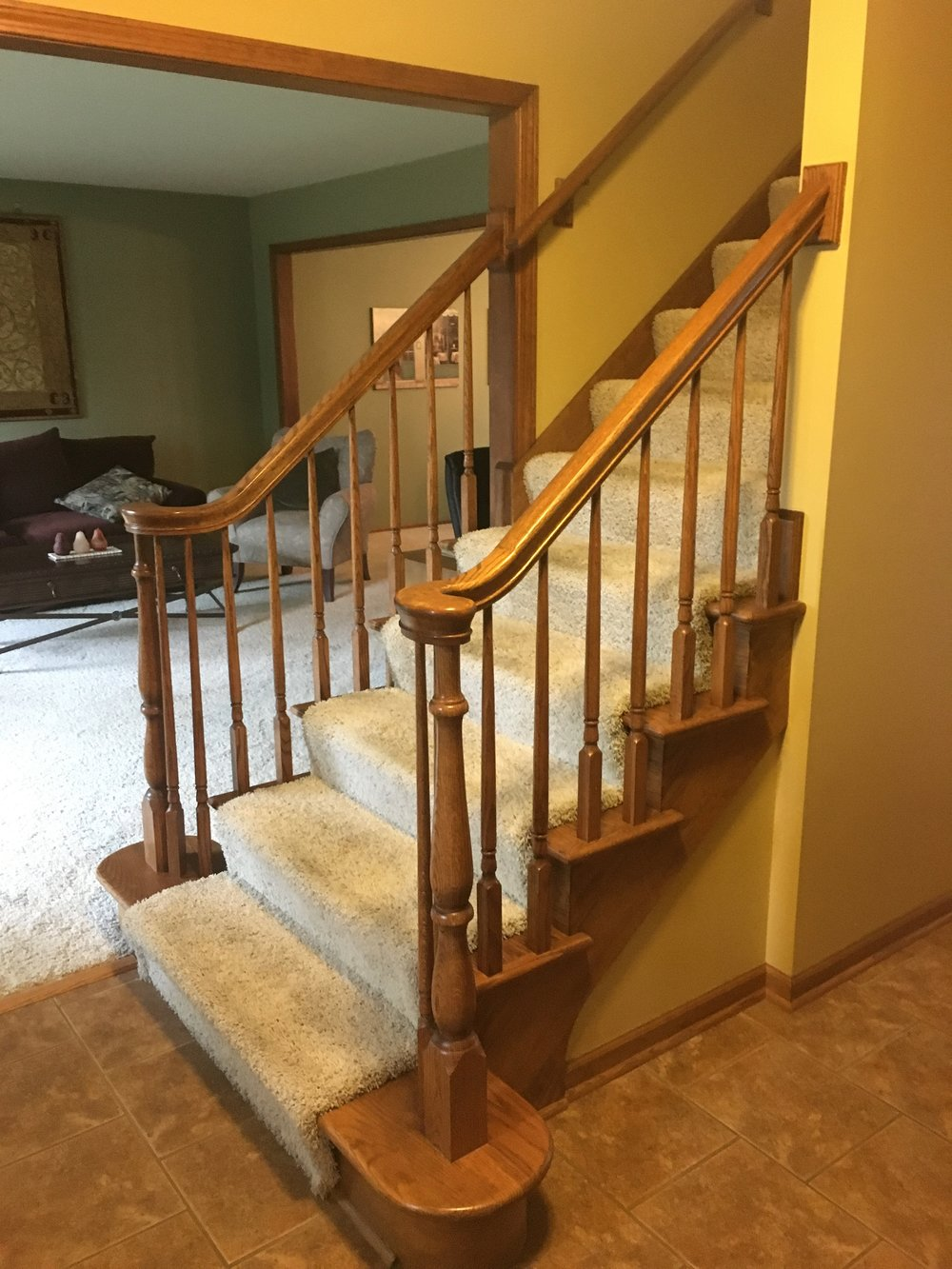 BEFORE PHOTO OF NAPERVILLE IL FOYER STAIR CASE REMODEL