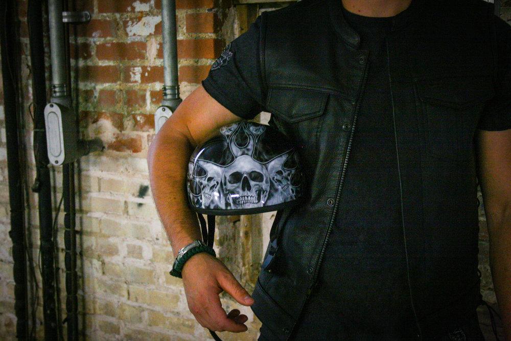 Daytona Silver Skull with Flames 1/2 shell XS-2X